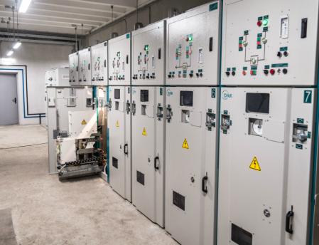 Ячейка КРУ постоянного тока серии «КВ» на напряжение 600 В